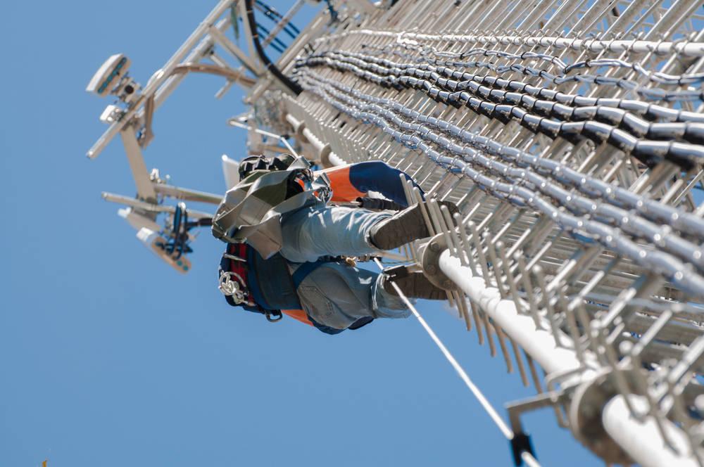 Qué tiene que tener una empresa de seguridad en trabajos de altura