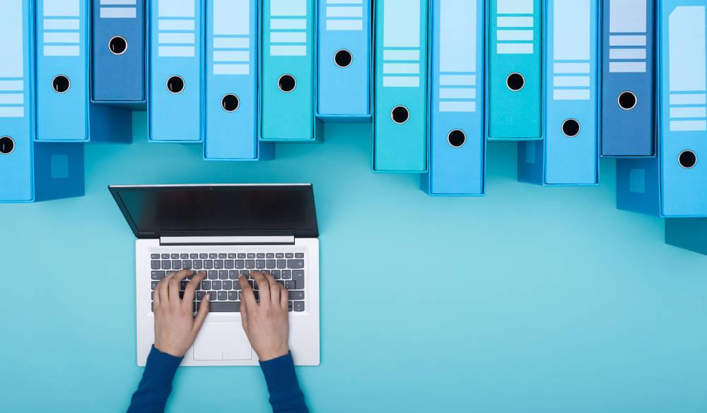 Bases de datos para implementar la estrategia de nuestro negocio y anticiparnos a la competencia