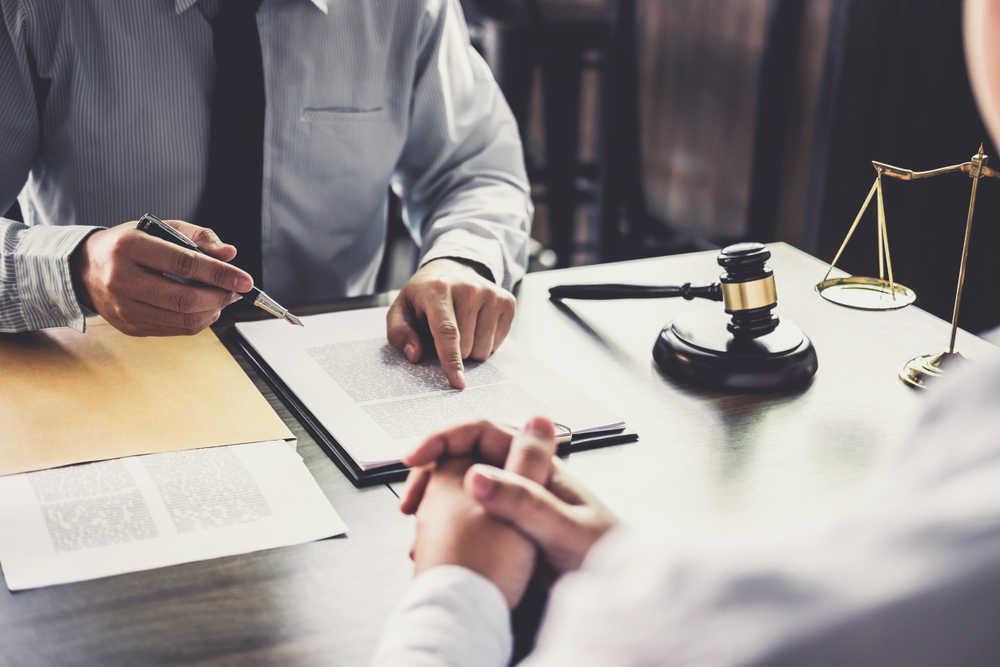 La importancia de los abogados para el sector empresarial